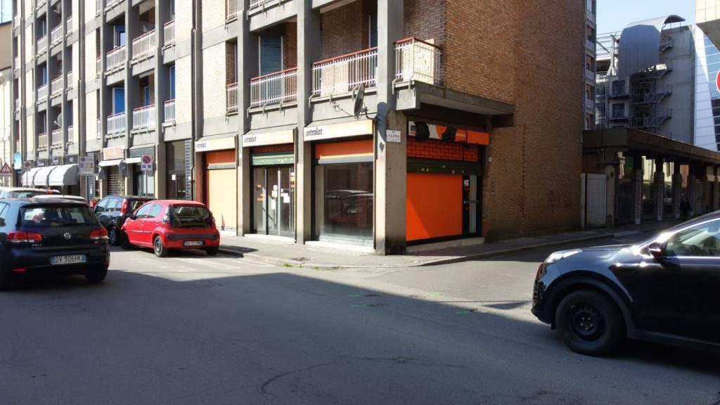 Negozio / Locale in affitto a Alessandria, 4 locali, prezzo € 2.000   CambioCasa.it