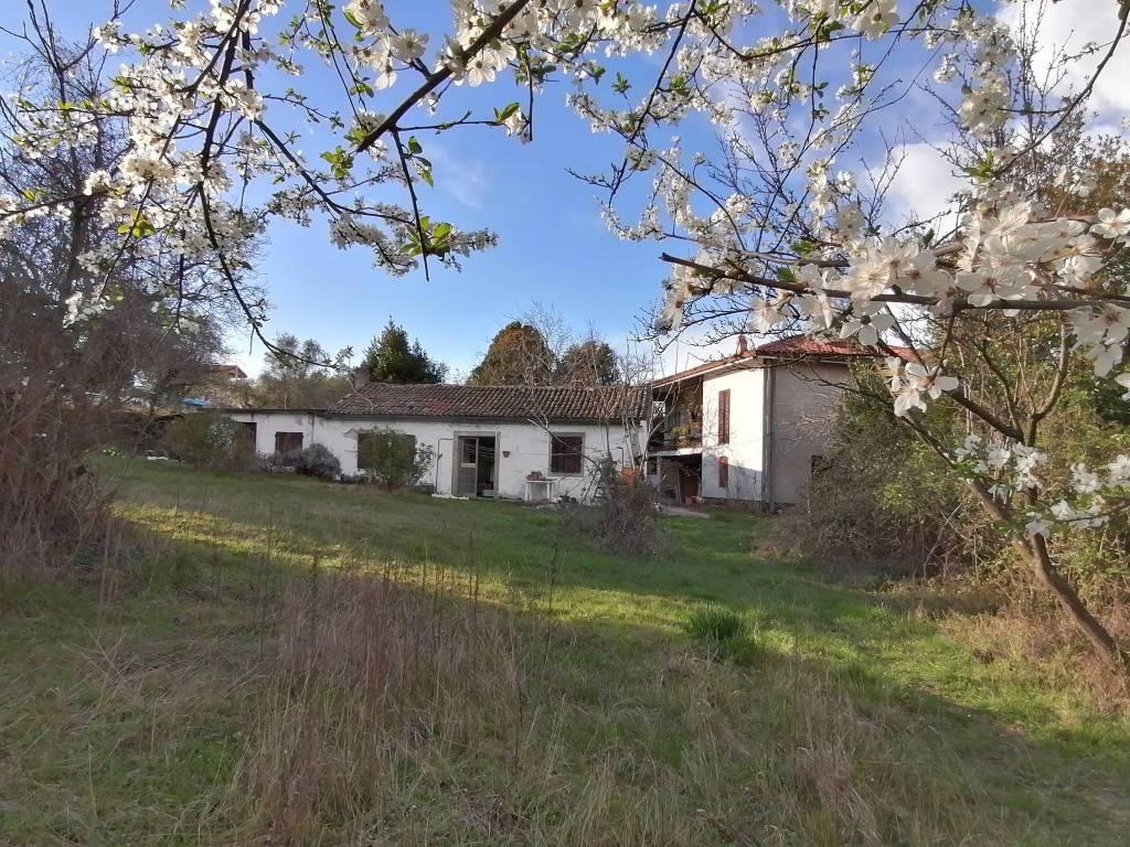 Villa da ristrutturare in vendita Rif. 8819343