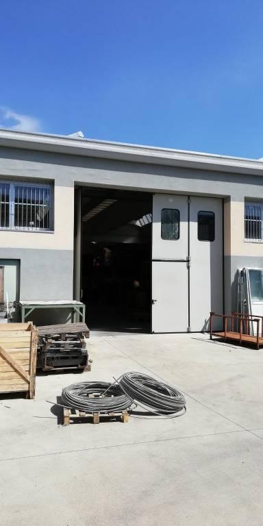 Capannone in affitto a Cusano Milanino, 9999 locali, prezzo € 3.800 | CambioCasa.it