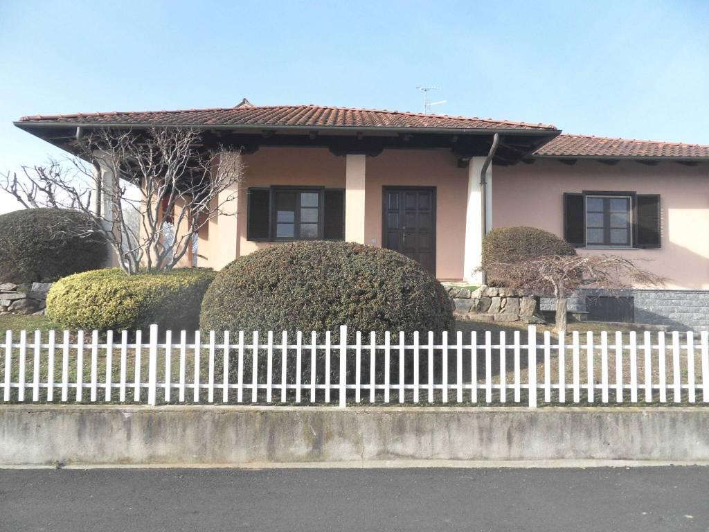 Villa in vendita a Borriana, 6 locali, prezzo € 295.000 | CambioCasa.it