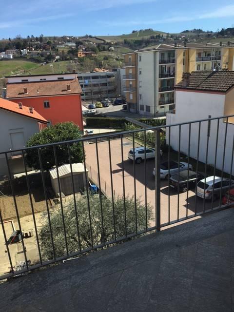 Appartamento in ottime condizioni arredato in affitto Rif. 7935462
