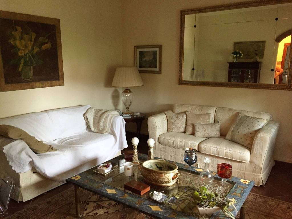 Villa in vendita a Sabbioneta, 5 locali, prezzo € 240.000 | CambioCasa.it