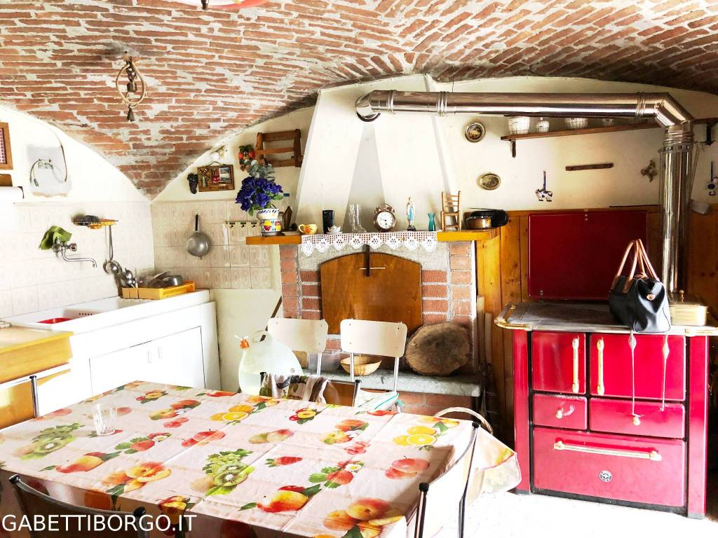Rustico / Casale in vendita a Roaschia, 3 locali, prezzo € 25.000 | PortaleAgenzieImmobiliari.it