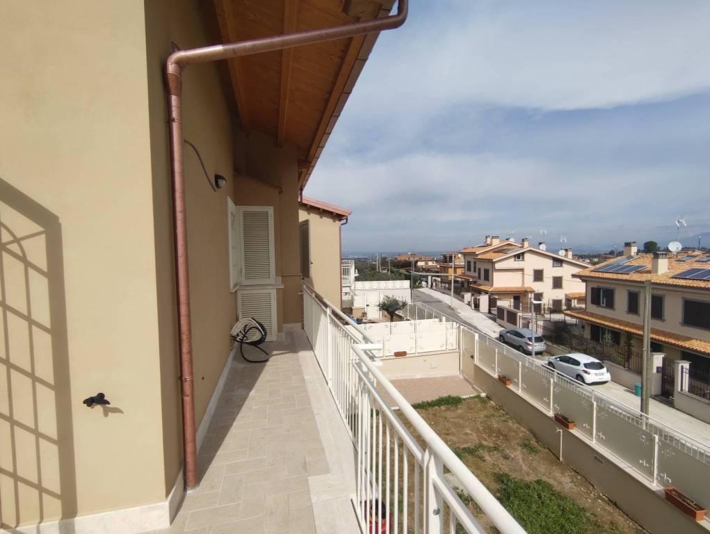 Appartamento in vendita a Frascati, 3 locali, prezzo € 239.000 | CambioCasa.it