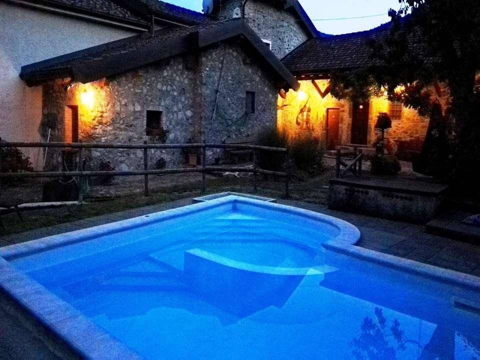 Attività / Licenza in vendita a Mulazzo, 6 locali, prezzo € 1.196.000   PortaleAgenzieImmobiliari.it