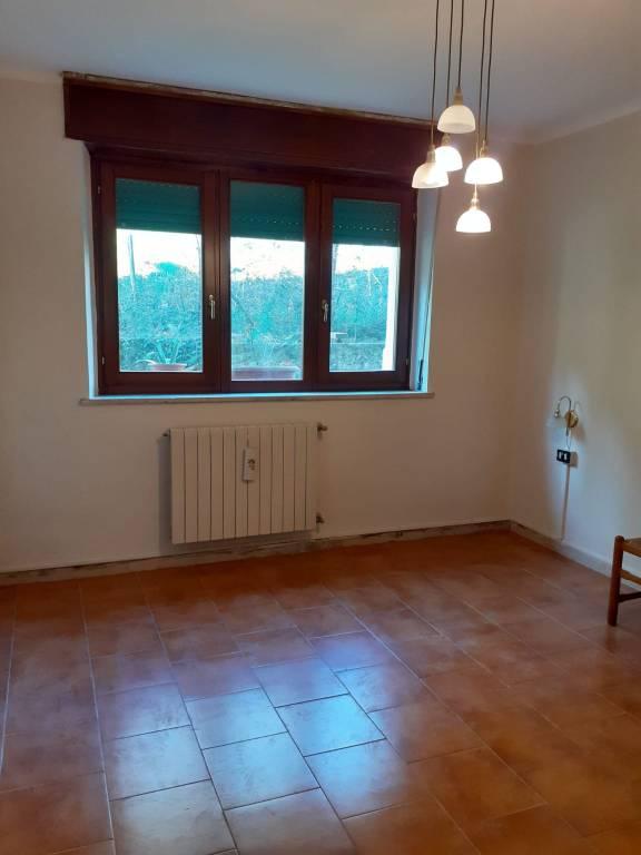 Appartamento in vendita a Gardone Val Trompia, 3 locali, prezzo € 45.000 | PortaleAgenzieImmobiliari.it