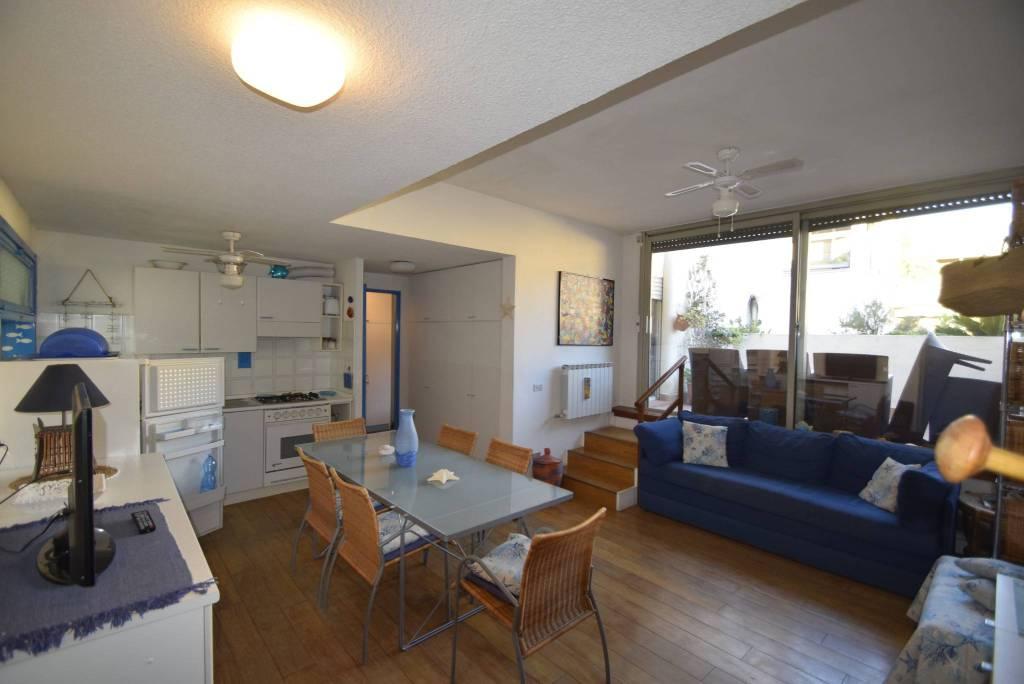 Appartamento in vendita a Spotorno, 3 locali, prezzo € 420.000 | PortaleAgenzieImmobiliari.it