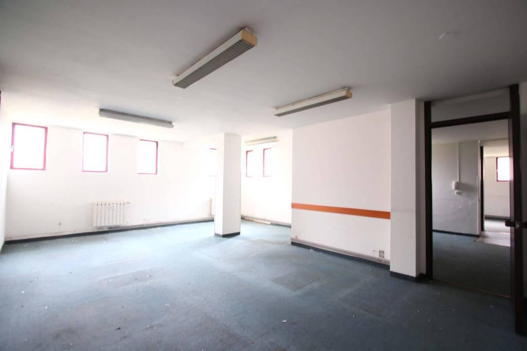 Ufficio / Studio in vendita a Liscate, 5 locali, prezzo € 149.000 | PortaleAgenzieImmobiliari.it