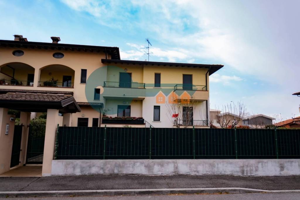 Appartamento in vendita a Ghedi, 3 locali, prezzo € 127.000   PortaleAgenzieImmobiliari.it