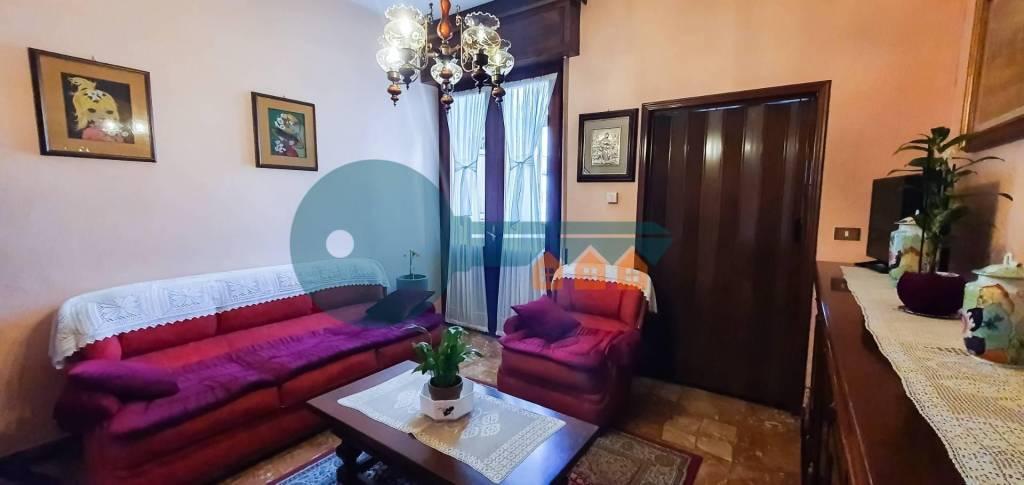 Appartamento in vendita a Manerbio, 3 locali, prezzo € 45.000 | PortaleAgenzieImmobiliari.it