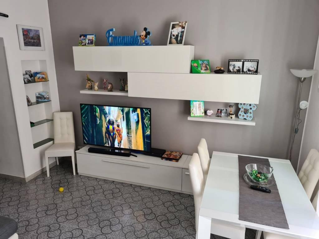 Appartamento in vendita a Roma, 3 locali, zona Zona: 11 . Centocelle, Alessandrino, Collatino, Prenestina, Villa Giordani, prezzo € 185.000   CambioCasa.it