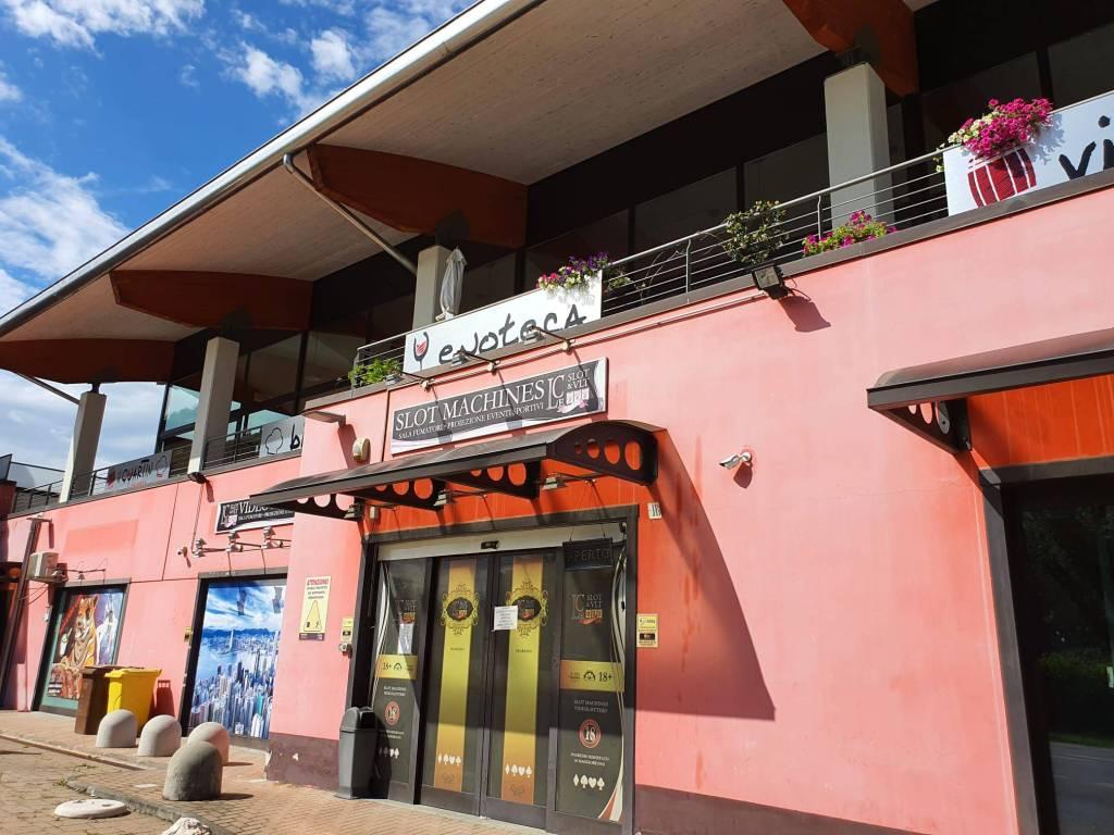 Negozio / Locale in vendita a Cavaglià, 6 locali, prezzo € 490.000 | CambioCasa.it