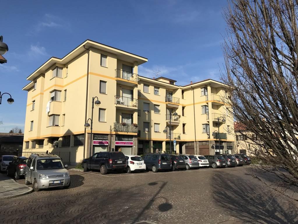 Appartamento in affitto a Solaro, 3 locali, prezzo € 600 | PortaleAgenzieImmobiliari.it