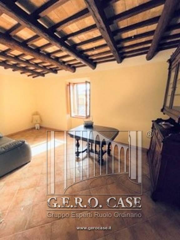 Appartamento in affitto a Orvieto, 3 locali, prezzo € 400 | CambioCasa.it