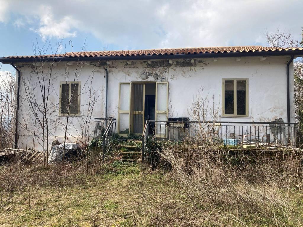 Agriturismo in vendita a Novafeltria, 4 locali, prezzo € 155.000 | CambioCasa.it