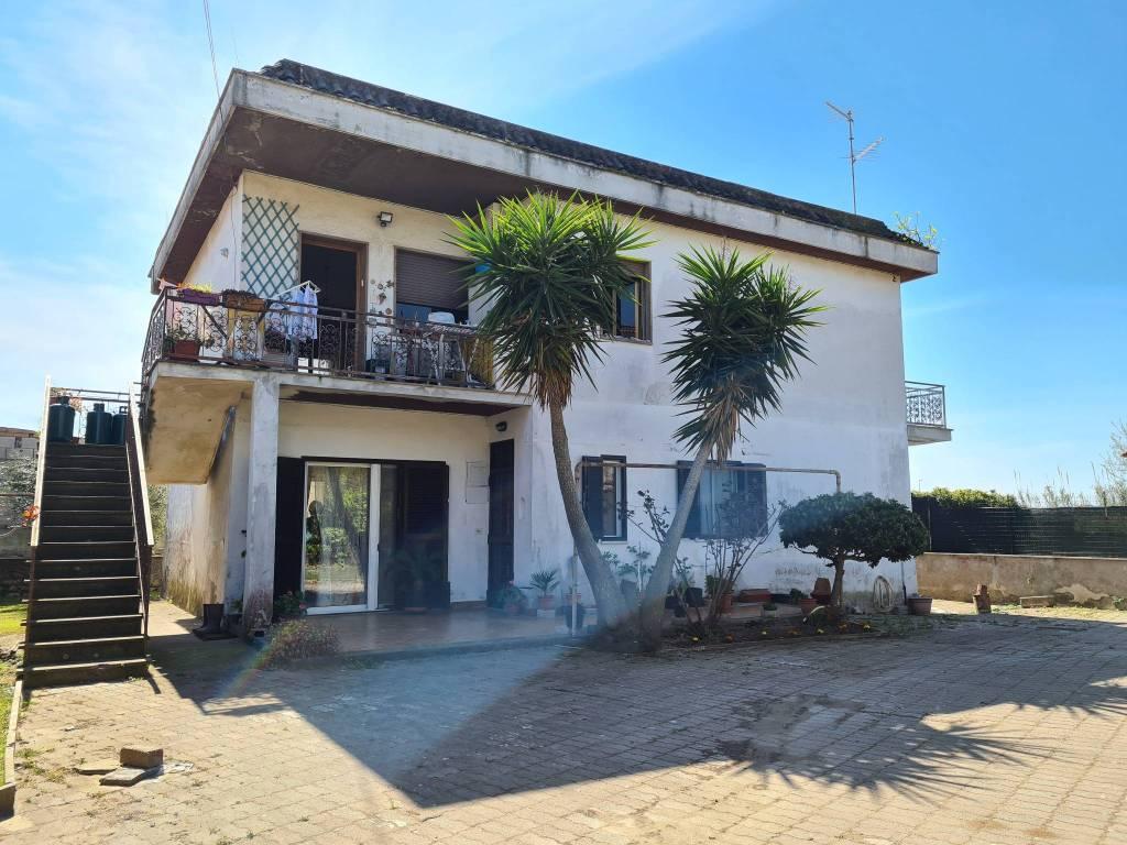 Appartamento in vendita a Ardea, 3 locali, prezzo € 78.000   PortaleAgenzieImmobiliari.it