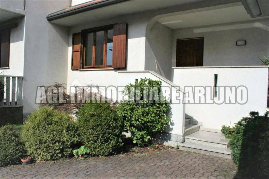 Villa in vendita a Vanzago, 4 locali, prezzo € 340.000 | PortaleAgenzieImmobiliari.it