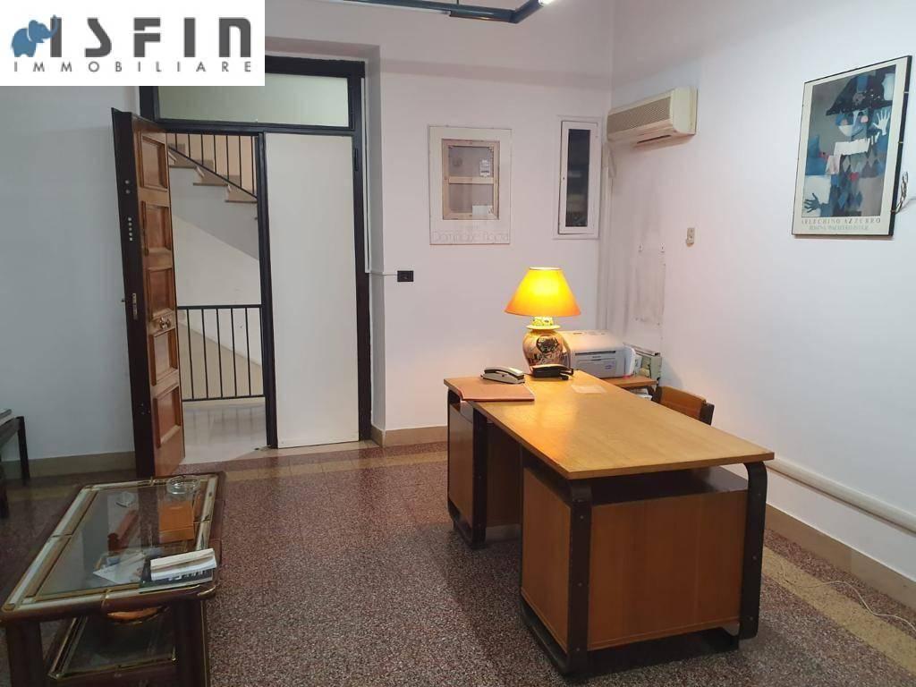 Appartamento in vendita a Cosenza, Centro, foto 2