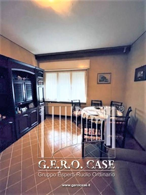 Appartamento in vendita a Bagnoregio, 4 locali, prezzo € 100.000 | CambioCasa.it