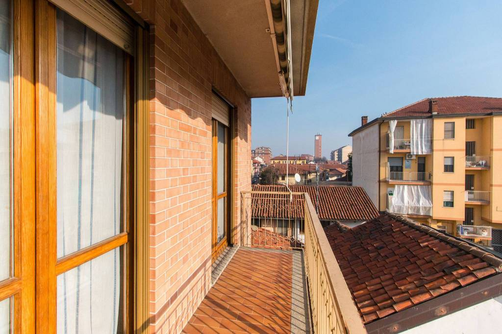 Appartamento in vendita a Vinovo, 4 locali, prezzo € 155.000 | CambioCasa.it