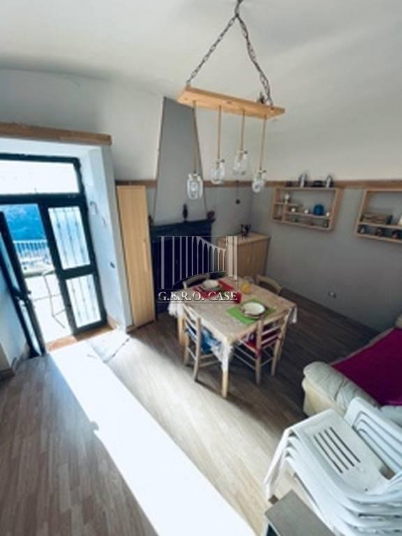 Appartamento in affitto a Lubriano, 3 locali, prezzo € 250 | CambioCasa.it