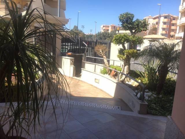 Villa in vendita a Cagliari, 5 locali, Trattative riservate   CambioCasa.it