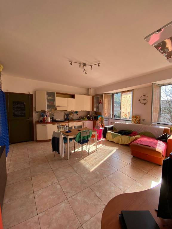Appartamento in vendita a Finale Ligure, 3 locali, prezzo € 175.000 | PortaleAgenzieImmobiliari.it
