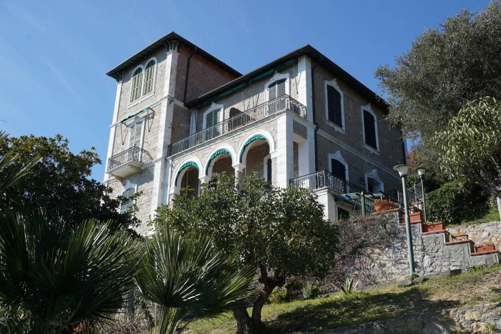 Appartamento in vendita a Bordighera, 3 locali, prezzo € 350.000   PortaleAgenzieImmobiliari.it