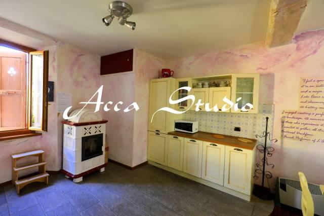 Appartamento in ottime condizioni arredato in vendita Rif. 4275222