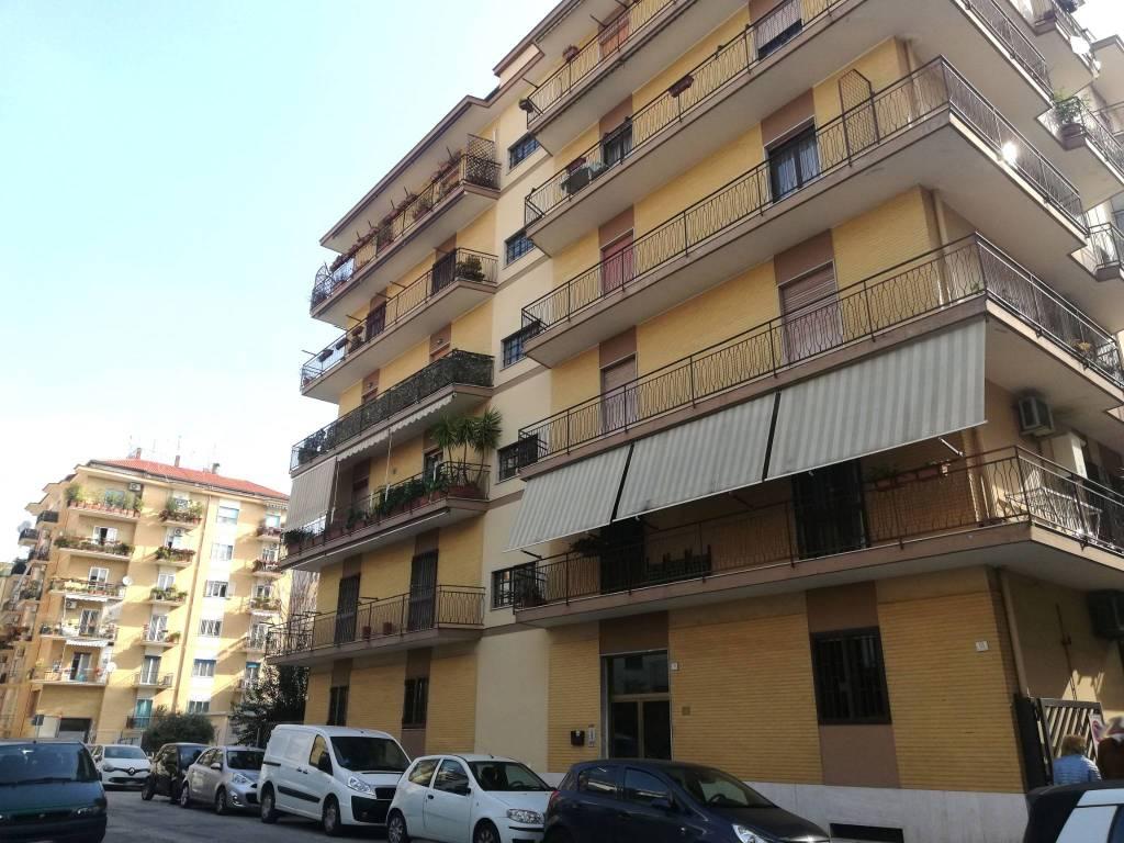Appartamento in vendita a Caserta, 4 locali, prezzo € 178.000   CambioCasa.it