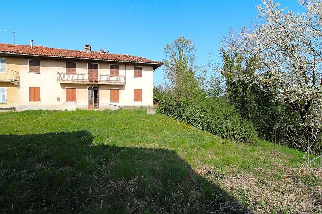 Villa in vendita a Ferrere, 6 locali, prezzo € 47.000 | PortaleAgenzieImmobiliari.it