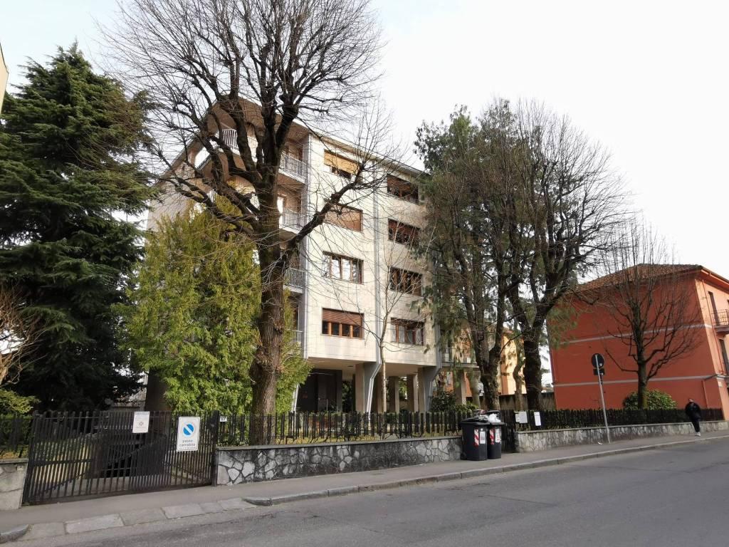 Appartamento in affitto a Collegno, 2 locali, prezzo € 400 | PortaleAgenzieImmobiliari.it