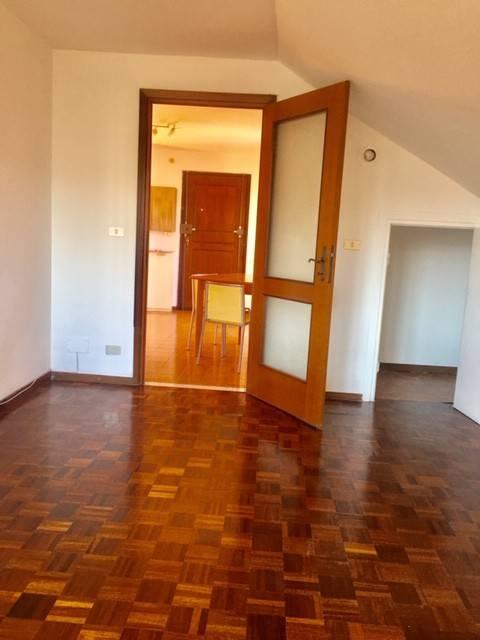 Attico / Mansarda in affitto a Borgo San Dalmazzo, 2 locali, prezzo € 350 | PortaleAgenzieImmobiliari.it