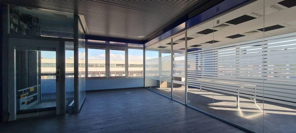 Ufficio / Studio in affitto a Cernusco sul Naviglio, 1 locali, prezzo € 23.333 | PortaleAgenzieImmobiliari.it