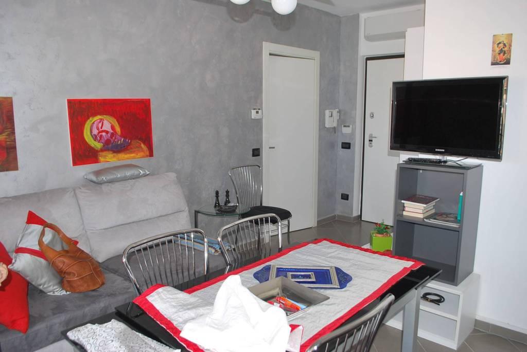 Appartamento in affitto a Alba, 2 locali, prezzo € 400 | PortaleAgenzieImmobiliari.it
