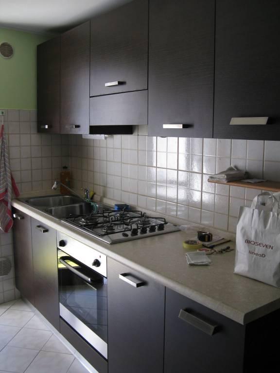 Appartamento in affitto a Pradalunga, 2 locali, prezzo € 400 | CambioCasa.it