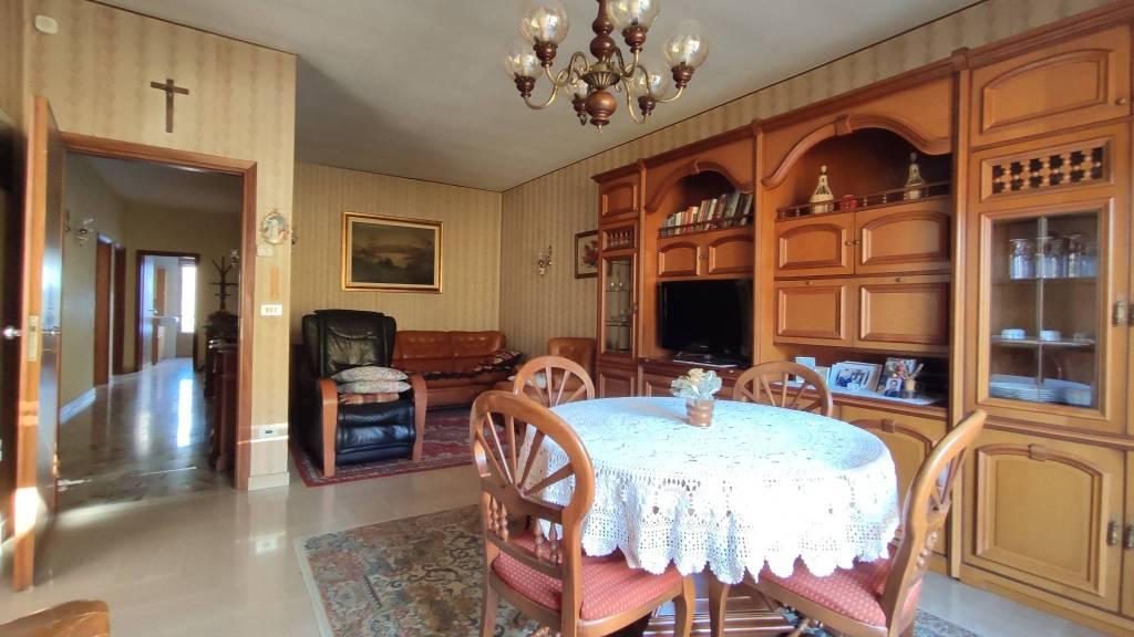 Appartamento in vendita a Gandino, 4 locali, prezzo € 95.000 | PortaleAgenzieImmobiliari.it