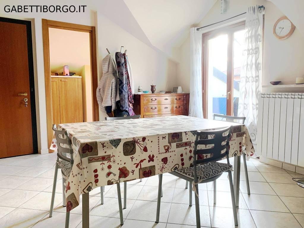 Attico / Mansarda in affitto a Borgo San Dalmazzo, 2 locali, prezzo € 380 | PortaleAgenzieImmobiliari.it