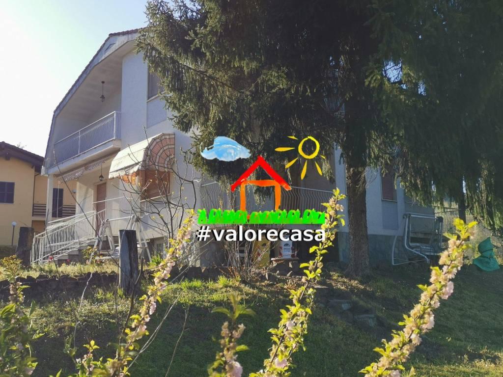 Villa in vendita a Acqui Terme, 11 locali, prezzo € 165.000 | CambioCasa.it