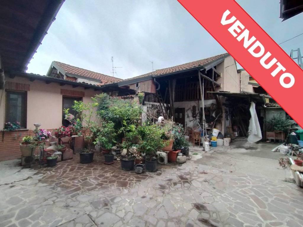 Soluzione Indipendente in vendita a Castiglione d'Adda, 3 locali, prezzo € 130.000   CambioCasa.it