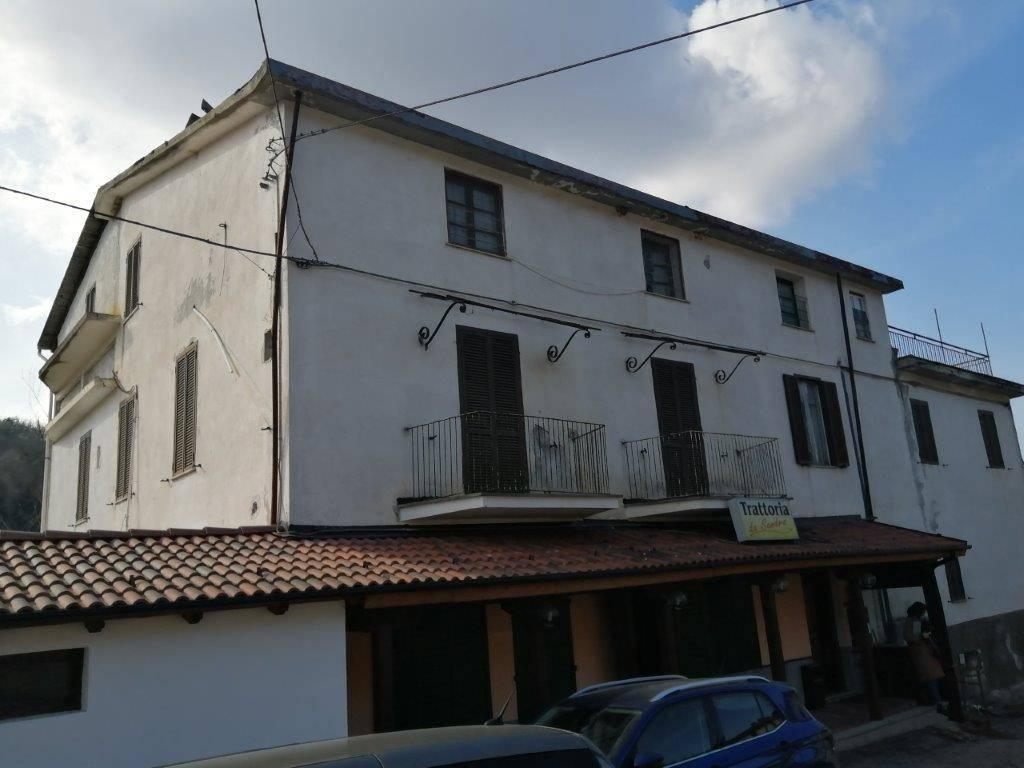 Negozio / Locale in vendita a Perlo, 9999 locali, Trattative riservate | PortaleAgenzieImmobiliari.it