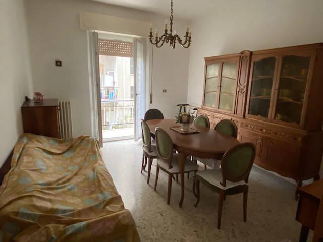 Appartamento in vendita a Ancona, 4 locali, prezzo € 125.000   PortaleAgenzieImmobiliari.it