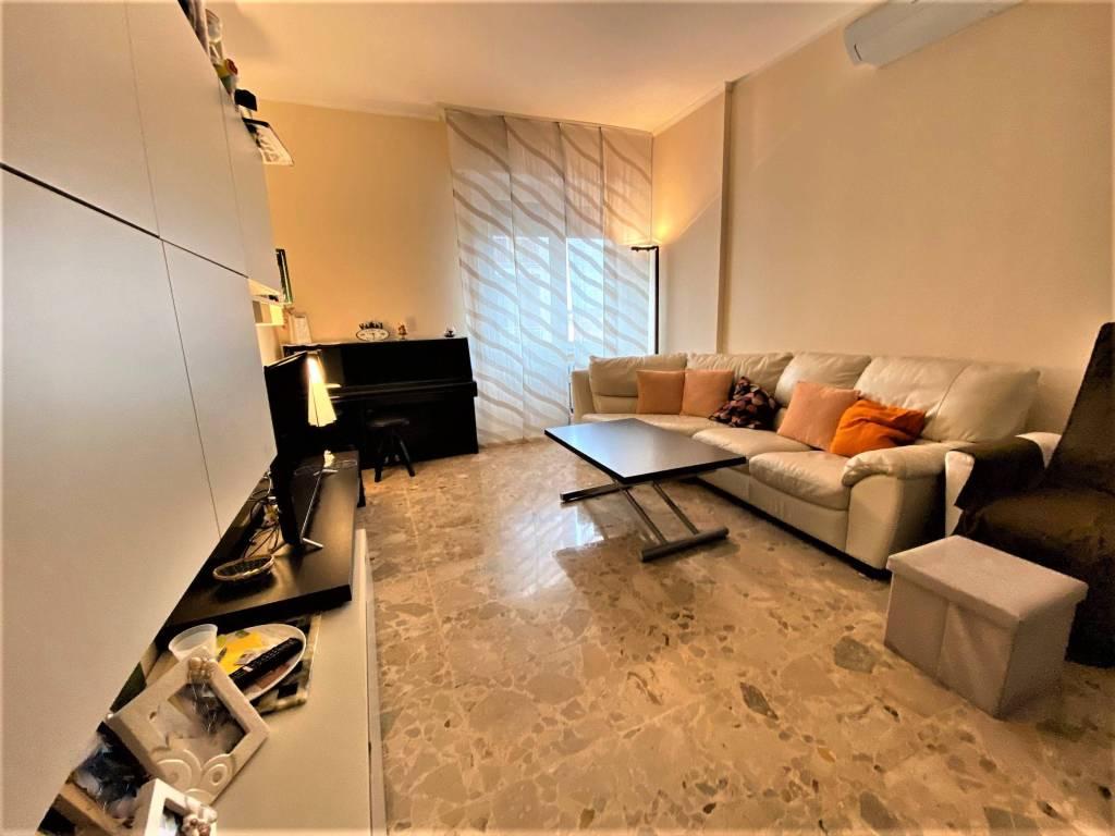 Appartamento in vendita a Monza, 4 locali, zona Centro Storico, San Gerardo, Via Lecco, prezzo € 298.000 | PortaleAgenzieImmobiliari.it