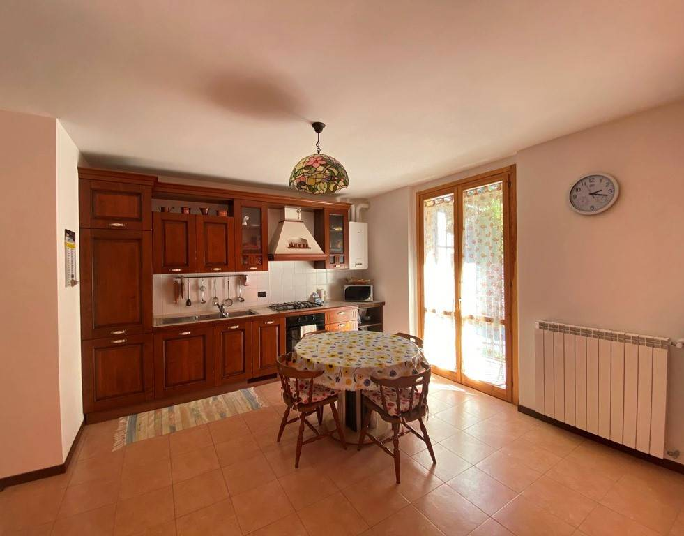 Appartamento in vendita a Lasnigo, 2 locali, prezzo € 75.000 | PortaleAgenzieImmobiliari.it