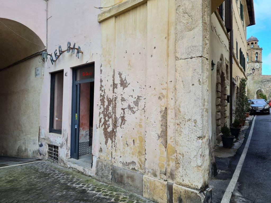 Negozio / Locale in affitto a Poggio Mirteto, 1 locali, prezzo € 450 | CambioCasa.it