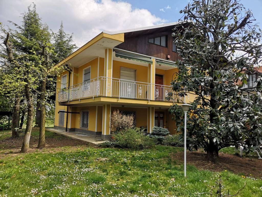 Foto 1 di Villa via Dante Alighieri 75, Trana