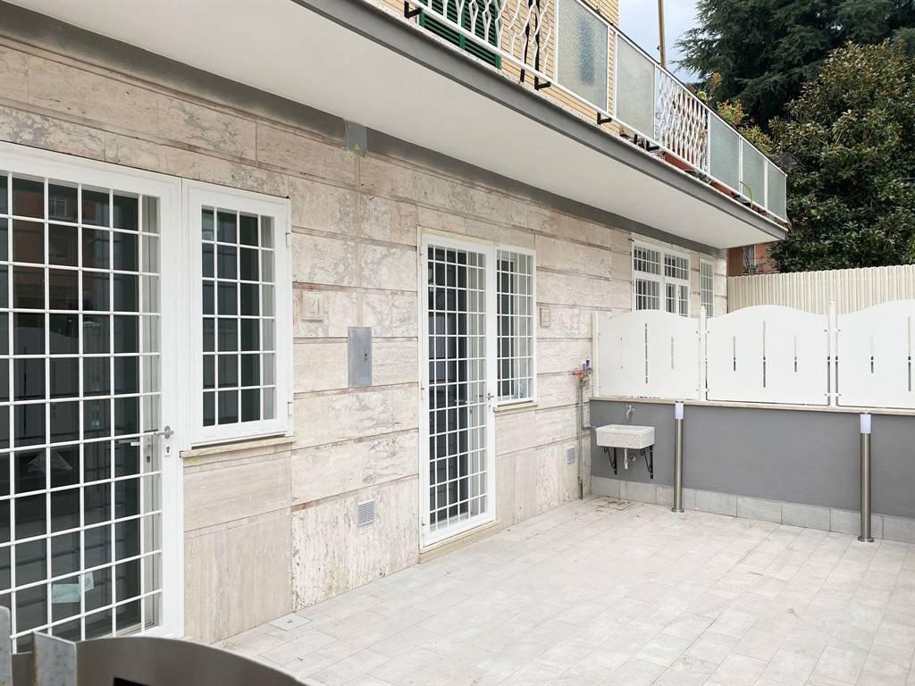 Appartamento in vendita a Roma, 3 locali, zona Zona: 36 . Finocchio, Torre Gaia, Tor Vergata, Borghesiana, prezzo € 169.000 | CambioCasa.it