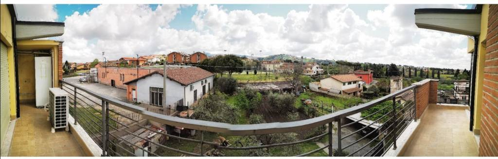Attico / Mansarda in vendita a Castel Gandolfo, 3 locali, prezzo € 160.000 | PortaleAgenzieImmobiliari.it