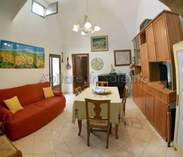Appartamento in vendita a Castrignano del Capo, 3 locali, prezzo € 73.000 | PortaleAgenzieImmobiliari.it