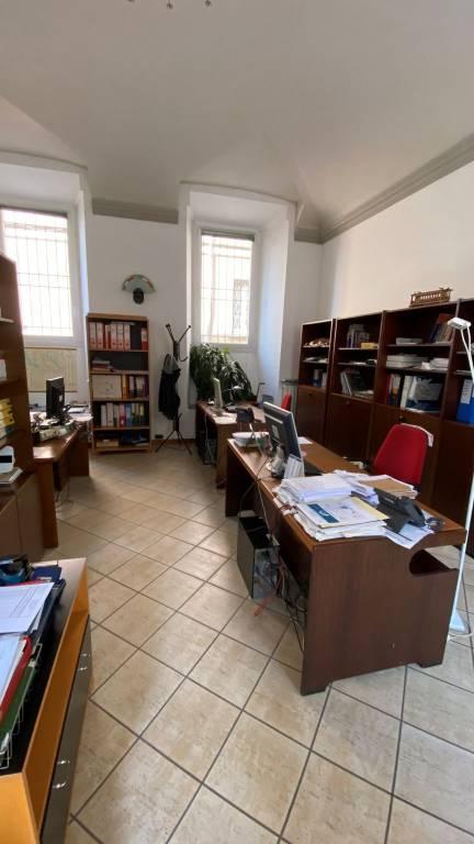 Ufficio / Studio in affitto a Pavia, 4 locali, prezzo € 1.700 | PortaleAgenzieImmobiliari.it